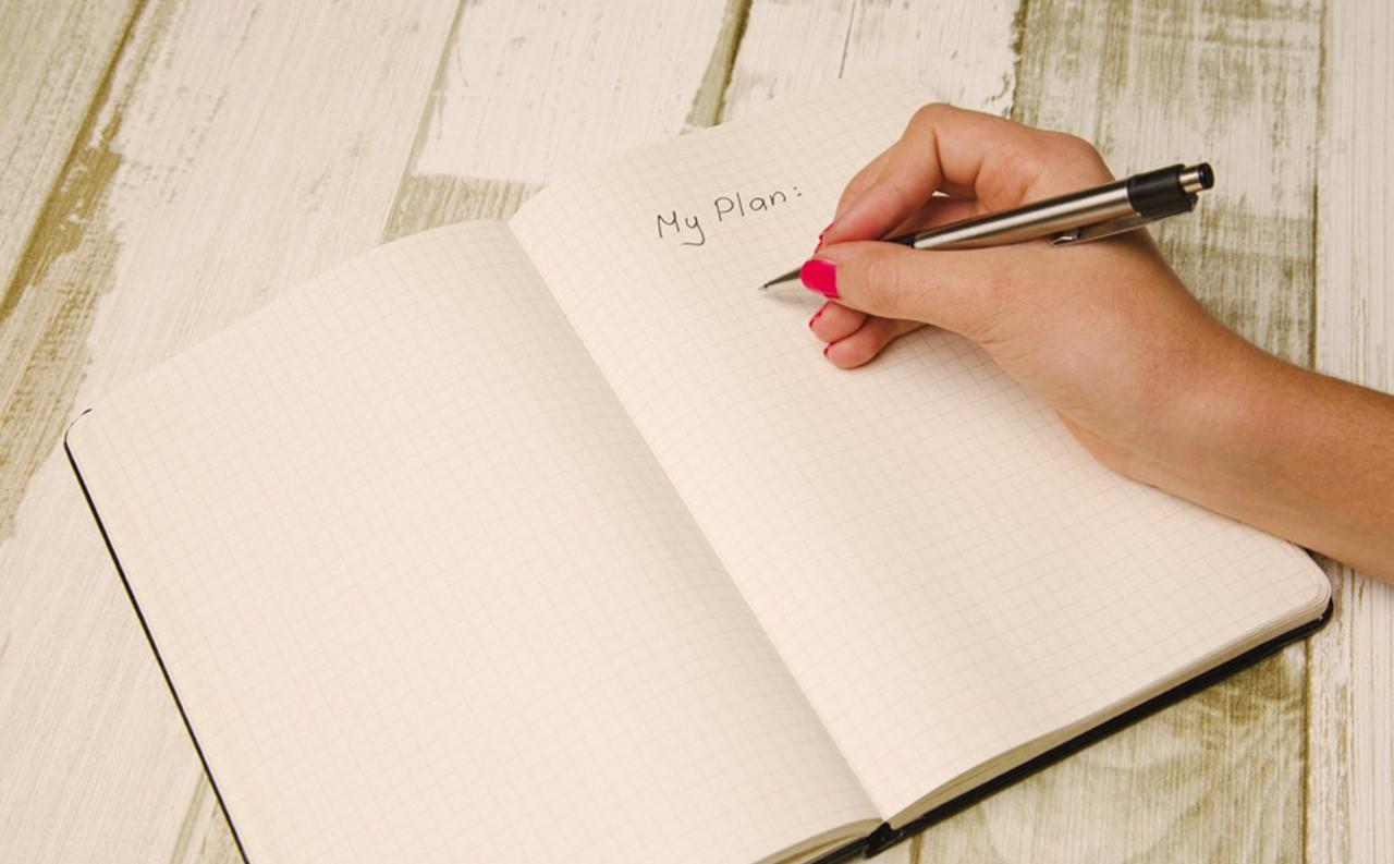 起業・副業は1冊の手帳づくりから。4つの手帳活用メリットとは?